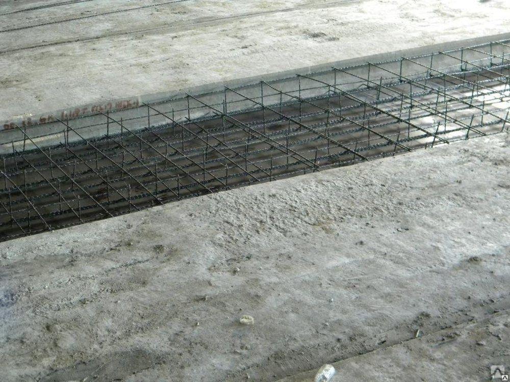 монолитные участки между плитами перекрытия